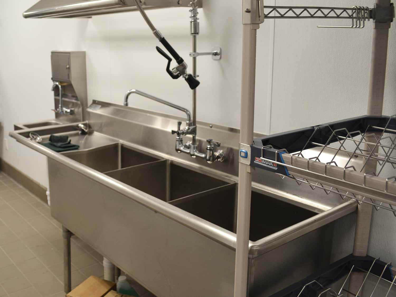 Sink Three Compartment Ryders